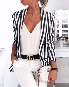 Today we are going to make a small chat about 2019 Gucci fashion show which was in Milan. When I watched the Gucci fashion show, some colors and clothings. Gucci Outfits, Mode Outfits, Casual Outfits, Fashion Outfits, Classy Chic Outfits, Casual Weekend Outfit, Outfit Of The Day, Striped Blazer Outfit, Look Blazer