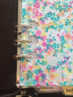 Page lifter DIY to prevent pages from getting caught in filofax binding