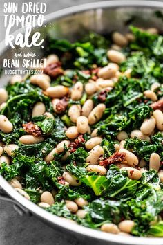Four Kitchen Decorating Suggestions Which Can Be Cheap And Simple To Carry Out This Quick Sun Dried Tomato, Kale, And White Bean Skillet Is A Fast, Flavorful, And Fiber-Licious Meal That Is Ready For Perfect For Weekly Meal Prepping. Whole Food Recipes, Diet Recipes, Vegetarian Recipes, Cooking Recipes, Healthy Recipes, Cooked Kale Recipes, Recipes With Kale, Cooking Tips, Vegan Bean Recipes