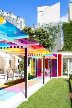 daniel buren creates a chromatic landscape in the gardens of the hotel le bristol paris - Architecture Ideas Landscape Architecture, Landscape Design, Architecture Design, Paris Architecture, Canopy Architecture, Serpentine Gallery Pavilion, Exterior Design, Interior And Exterior, Eco Deco