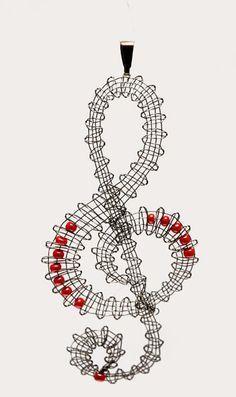 Crochet Leaf Patterns, Crochet Earrings Pattern, Bobbin Lace Patterns, Crochet Music, Bruges Lace, Crochet Fruit, Bobbin Lacemaking, Lace Jewelry, Photo Jewelry
