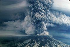 Mount St. Helens eruption: Rare aerial photos never seen before, shot during 1980 eruption | OregonLive.com
