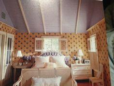 Slanted roof w/color. Master.