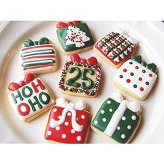 Christmas cookies, present cookies, holiday cookies Christmas Sugar Cookies, Christmas Sweets, Christmas Cooking, Christmas Goodies, Holiday Cookies, Holiday Treats, Christmas Biscuits, Simple Christmas, Merry Christmas