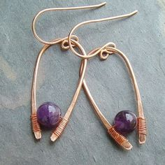 Copper wire earrings - hammered copper wire