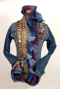 Recycled Denim Jacket by Dassios Image Fashion, Diy Fashion, Ideias Fashion, Recycled Fashion, Recycled Denim, Estilo Hippie, Altered Couture, Old Jeans, Refashioning