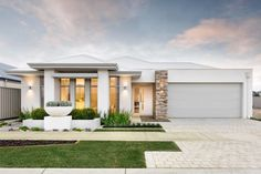 Geographe Bay House by WA Country Builders Australian Country Houses, Australian Homes, Roof Design, Facade Design, House Design, Classic House Exterior, House Paint Exterior, Country Builders, Home Builders