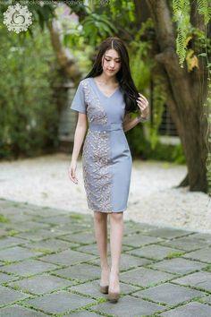 Model Dress Batik, Batik Dress, Lace Dress, Bandhani Dress, Dress Brokat, Thai Dress, Daily Dress, Short Dresses, Formal Dresses