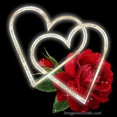 Coeurs dorés scintillants et rose rouge