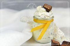 Obrazek: Krem z michałków 3 Piece, Feta, Sweets, Cheese, Coffee, Cake, Food And Drinks, Kaffee, Gummi Candy