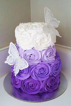 27 Spectacular Buttercream Wedding Cakes ❤ See more: http://www.weddingforward.com/buttercream-wedding-cakes/ #weddings #cakes