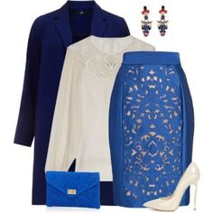 Regilla ⚜ shirt Temperley London, skirt Temperley London, coat Evans, décolleté Casadei, pochette  Simons, earrings Erickson Beamon
