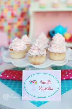 This listing is for a PRINTABLE PDF file for BLANK FANCY LABELS from our Cupcake Bake Shoppe Birthday Party Collection {as seen on HGTV}! Use these to make dessert and food labels, tent signs, placecards, thank you tags & more!