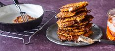 Porkkanafritterit | Pääruoat | Reseptit – K-Ruoka Grill Pan, Tandoori Chicken, Pesto, Grilling, Good Food, Ethnic Recipes, Koti, Main Courses, Griddle Pan