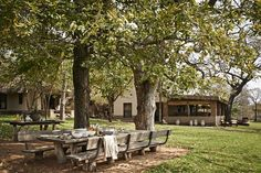 Leisurely lunches under the trees at Singita Castleton are a favuorite Outdoor Spaces, Outdoor Living, Outdoor Decor, Country Living Magazine, Built In Bench, Construction, Lodge Decor, Outdoor Entertaining, Future House