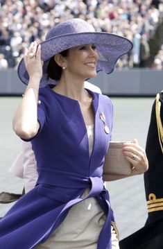 Steal that style: Crown Princess Mary of Denmark | Fashionbride's ...