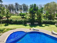 Resort with a view Beach Resorts, Mornings, Cali, Life Is Good, Swimming Pools, Lifestyle, World, Outdoor Decor, Green