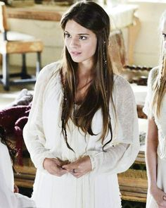 Kenna Reign, Lady Kenna, Stark Children, Reign Serie, Marie Stuart, Caitlin Stasey, 12 Dancing Princesses, Reign Dresses, Nightingale