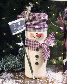 I'm ready for Christmas! made using the plastic coffee creamer containers,a few scraps of material and some paint, Snowman Crafts, Christmas Projects, Holiday Crafts, Holiday Fun, Crafts To Make, Holiday Ideas, Christmas Ideas, Christmas Snowman, Winter Christmas