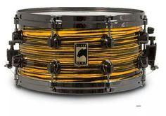 Mapex Black Panther snare drum!! Diy Drums, Drum Music, Snare Drum, Drum Kits, Drummers, Black Panther, Musical Instruments, Sticks, Engine