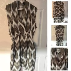 Brown & White Patterned Dress Super cute Giuliana Rancic patterned dress  never worn still in perfect condition  Dresses