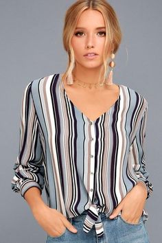 With the Always Faithful Blue Striped Long Sleeve Knotted Top in your closet you won't want to wear anything else! Striped cotton with a high-low hem. Formal Dress Patterns, Dress Sewing Patterns, Cute Dresses, Dresses For Work, Casual Outfits, Fashion Outfits, Dress Shirts For Women, Top Knot, Ideias Fashion
