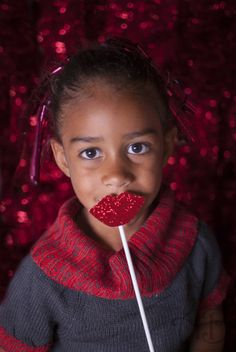 Christmas kid poses