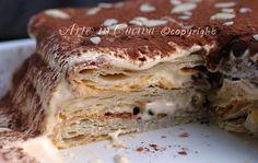 Millefoglie al tiramisu, torta di sfoglia al tiramisù, crema di mascarpone, ricetta facile, pasta sfoglia fatta in casa, ricetta dolce per feste e buffet veloce