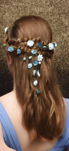 St Cuth's School Ball Gorgeous hair! Gorgeous Hair, Bobby Pins, Hair Accessories, School, Beauty, Beleza, Hair Pins, Hair Accessory, Hairpin