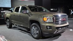 Compared to the previous model, the 2016 GMC Canyon will display a more modern style. Medium size pickup is transformed into a real beauties on wheels.