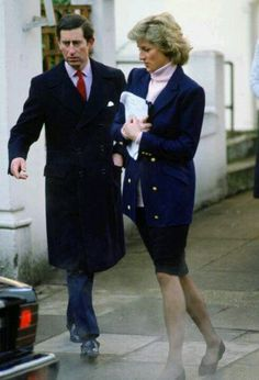 Charles & Diana Leave Harry's School Pictures