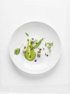 YAM 20 - Petits Pois à la Chartreuse, roulé de pied de brocoli, nuage de câpres et fleurs de petits pois - (recette sur la page facebook YAM)