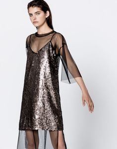 Sequinned dress - Dresses - Clothing - Woman - PULL&BEAR Sweden