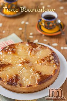 Je vous avoue qu'avant l'émission de M6, je ne connaissais pas le nom de cette tarte, pour moi c'était une tarte amandine aux poires, tout...