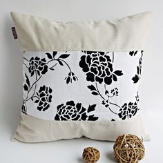 Onitiva - [Floral Wedding] Linen Patch Work Pillow Cushion Floor Cushion (19.7 by 19.7 inches)