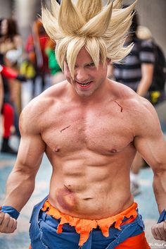 Goku cosplay - Anime Expo 2013