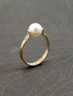 Wire wrapped rings 796503884086196371 - Pearl Ring, Gold Filled Wire Wrapped Ring Source by Wire Jewelry Rings, Beaded Rings, Metal Jewelry, Diy Jewelry, Beaded Jewelry, Wire Earrings, Jewellery, Wire Bracelets, Copper Bracelet