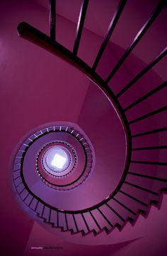 Purple Staircase | ElemenoP