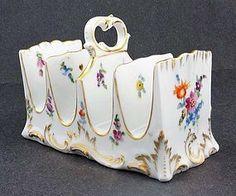 Toast Rack / Lovely antique china by Klemm Dresden. Dresden Porcelain, China Porcelain, Vintage Dishes, Antique Dishes, Vintage Tableware, Vintage Kitchen, Antique China, Vintage China, Dresden China