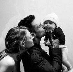 Adam, Behati and daughter Dusty Rose <3