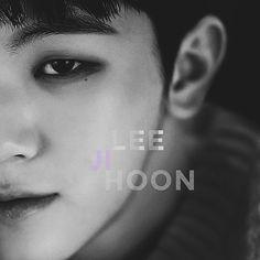 Woozi Seventeen, Lee Jihoon, Kpop Groups, I Love Him, Babe, Singer, Cute, Love Him, Singers