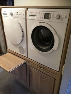 onze mooie wasmachine en droger verhoging met ikea wasmanden eronder steigerhout scaffolding. Black Bedroom Furniture Sets. Home Design Ideas