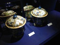 La pregevole arte in maiolica di Liborio Grue, uno degli ultimi artisti della famiglia Grue Jar, Italy, Decor, Italia, Decoration, Decorating, Jars, Glass, Deco