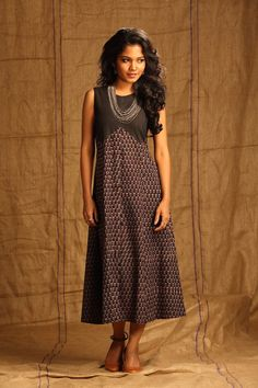 Syahi Lattice Dress