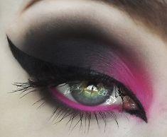 Pink Diamond #eyes #eye #makeup #smokey #bright #dramatic