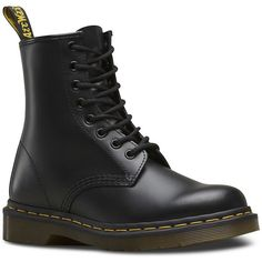 Dr. Martens Women's Originals 1460 Leather Boots (525 RON) ❤ liked on Polyvore featuring shoes, boots, black, rounded toe boots, real leather boots, leather boots, laced boots and dr martens boots