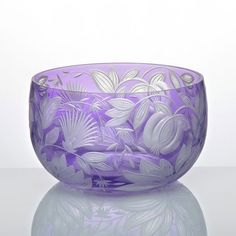 ARTEL's Verdure Small Round Bowl in Lilac