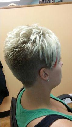 Short hair - All For Little Girl Hair Short Hair Cuts For Women, Short Hairstyles For Women, Short Hair Styles, Short Grey Haircuts, Assymetrical Hair, Short Choppy Hair, Teased Hair, Pelo Pixie, Little Girl Hairstyles
