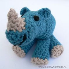 Make your very own crochet rhinoceros with this free pattern. Rupert is an intermediate join-as-you-go design. This pattern is photo-heavy!