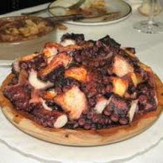 Receta de PULPO CON ROVELLONES French Toast, Sandwiches, Pork, Beef, Breakfast, Home, Japanese Recipes, Preserve